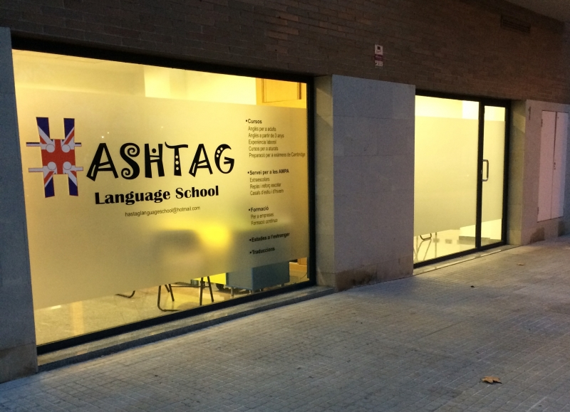 Hashtag Language School